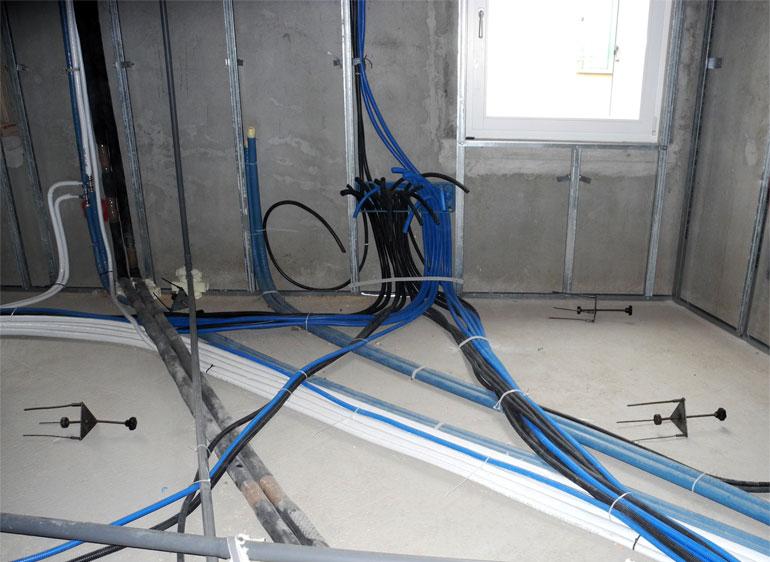 Impianti elettrici civili renoimpianti - Impianto elettrico di casa ...